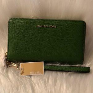 Michael Kors Multi function iPhone case/ wallet